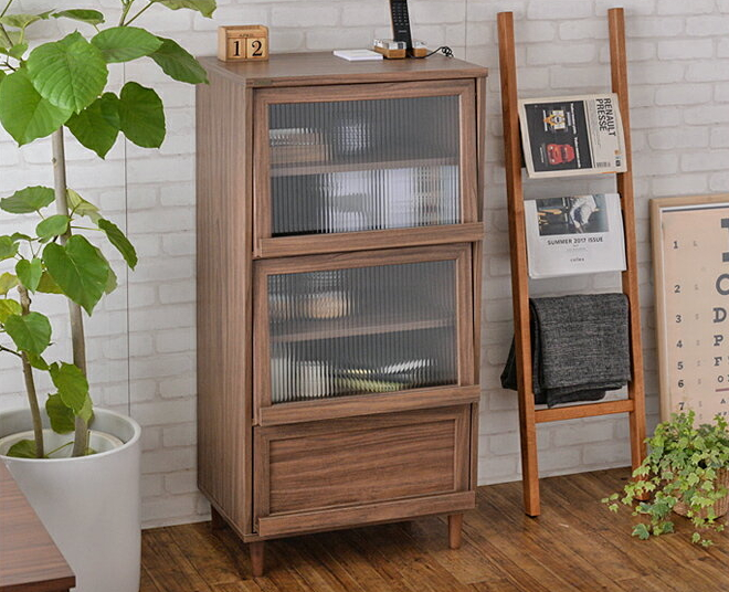 キャビネット 木製 幅60cm 食器棚 ガラス扉 フラップ扉 棚 ブラウン/ホワイト 木製 カントリー リビング収納 キッチン収納