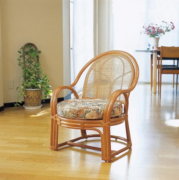 座椅子 優雅な曲線がクラシックな雰囲気を演出。 アームチェアー(背クッションなしタイプ) イス・チェア 座椅子 籐製 送料無料 座椅子 座イス 座いす 椅子 いす イス チェア チェアー 姿勢 腰痛 コンパクト 北欧 シンプル クッション 座布団 リラックスチェアー リビング