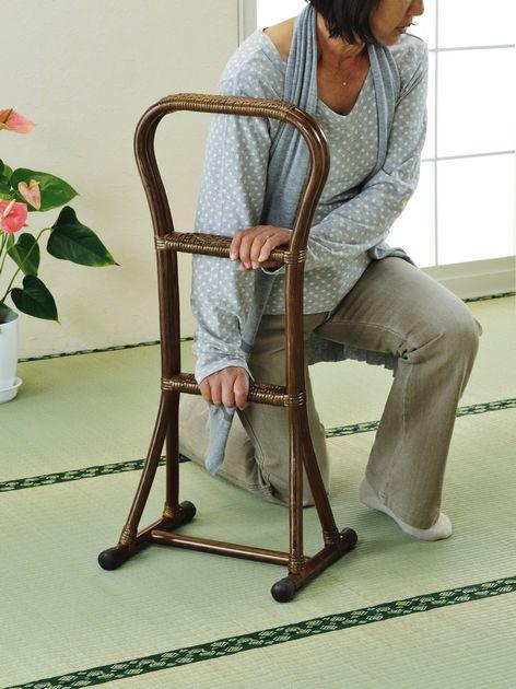 \クーポンで300円OFF★16日1:59まで★/ 座椅子 天然素材の優しさを感じて 藤つかまり立ちステッキ(大) イス・チェア 座椅子 籐製 座椅子 座イス 座いす 椅子 いす イス チェア チェアー 姿勢 腰痛 コンパクト 北欧 シンプル クッション