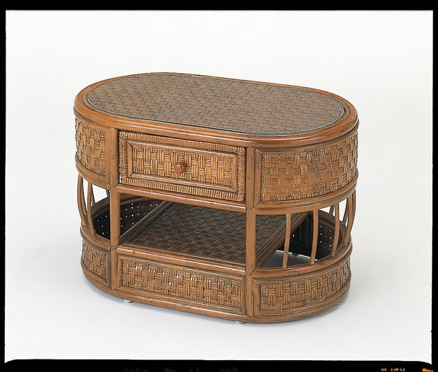 アンティークカラー&デザインでお部屋をシックに演出! 籐テーブル 籐製 ラタン 送料無料