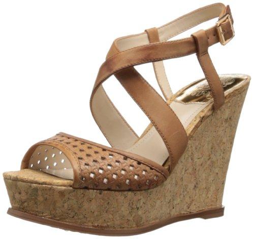 Vince Camuto ヴィンス・カムート レディースウェッジサンダル Women's Ilario Wedge Sandal,Fudge/Natural
