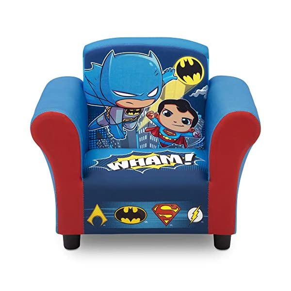 DCスーパーフレンズ バットマン スーパーマン フラッシュ アクアマン キッズチェア ソファ ローチェア 子供椅子 キッズソファ 入学祝 入園祝 卒園祝 お誕生日 プレゼント 自宅学習 Delta Children Upholstered Chair, DC Super Friends | Superman | Batman | The Flash