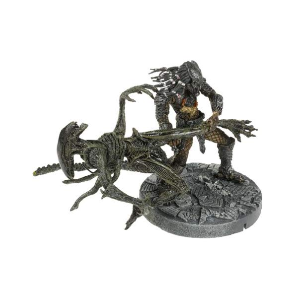 プレデター エイリアン フィギュア 人形 McFarlane: Alien vs. Predator - Celtic Predator Throws Alien