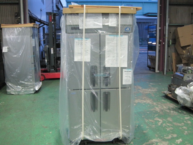 格安店 メーカー1年保証 2営業日以内発送 2021年製 パナソニック 業務用 アウトレット☆送料無料 新品 冷凍冷蔵庫 単相100Vメーカー1年保証 SRR-K961C2B