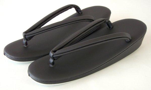 喪服用黒色レザー草履 3Lサイズ(超特大)大きいサイズ 外国人まで 喪服用つや消し黒 和装小物 特注品 送料無料
