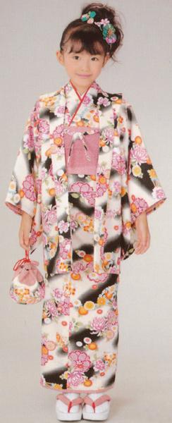 子供着物 アンサンブル 黒白花柄羽織/花柄着物 3~4才用 洗えるポリエステル 着物、羽織、襦袢、帯、草履、巾着の仕立て上がりセット 送料無料