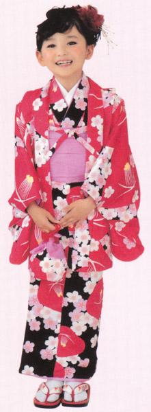 子供着物 アンサンブル 赤色羽織/黒着物 3~4才用 洗えるポリエステル 着物、羽織、襦袢、帯、草履、巾着の仕立て上がりセット 送料無料