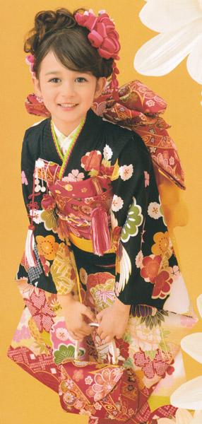 七五三着物 女の子四ッ身 七歳 黒色 花柄 ポリエステル 子供着物 日本製 送料無料