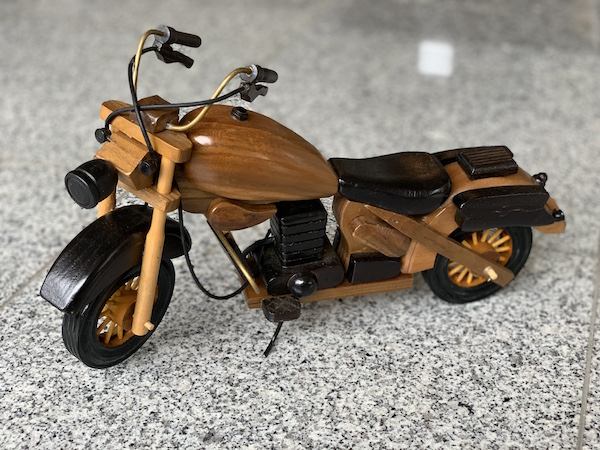 バイク 木製オブジェ