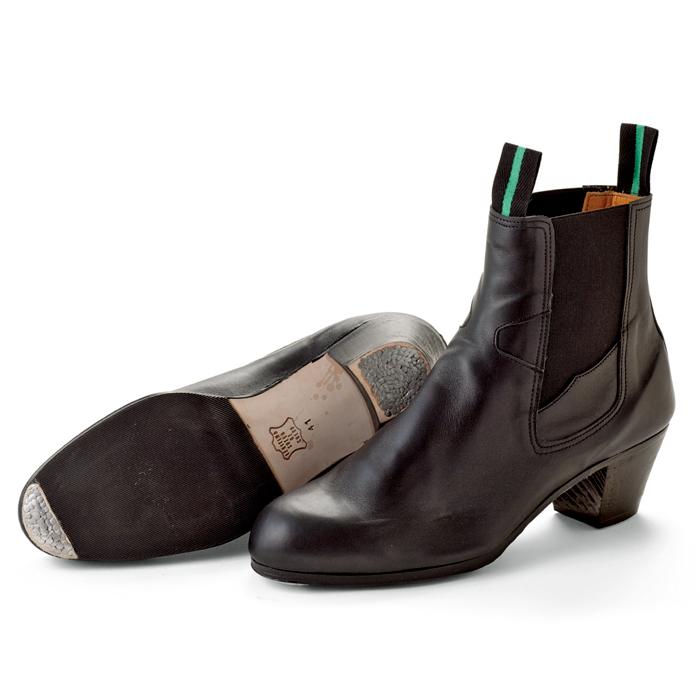 〈サリダ〉プロ・ブーツ / 黒革【男性用・メンズ】【普通幅(B)】【靴】【フラメンコシューズ】【初心者向け】ボタ