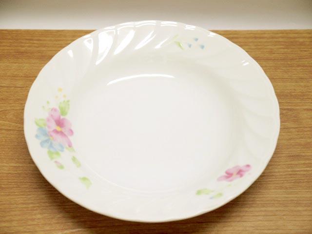 国産品 人気の製品 カレーやシチュー パスタ スープにもOK 上品な花柄とレリーフのお皿です レリーフ入り花柄カレー皿