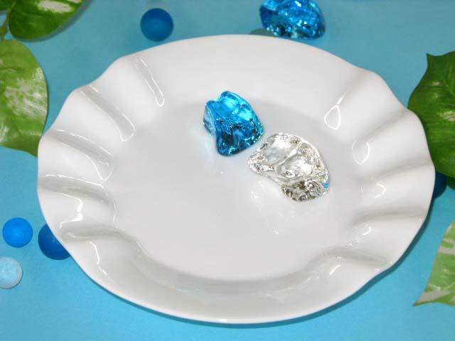 ヒラヒラがステキなデザイン リプレット 小皿1枚 返品交換不可 最安値に挑戦