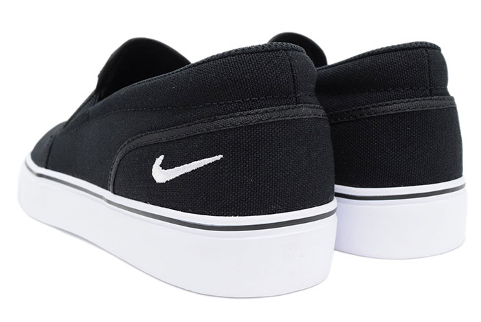 f43a812c50486 Nike NIKE sneakers Lady s   men women Toki slip canvas Black White(nike  WMNS TOKI SLIP CANVAS slip-ons WOMENS women black black SNEAKER LADIES  MENS