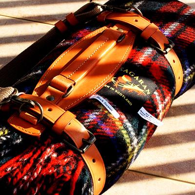 スコットランドから かわいいチェック柄 ピクニックマット【送料無料】【傘屋伝七/09001】