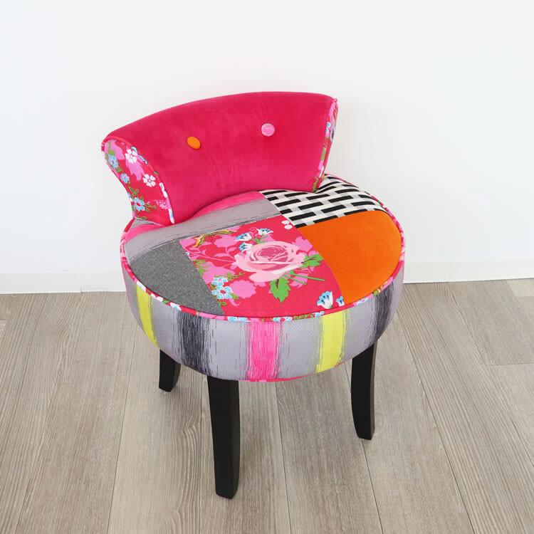 カラフルチェアー スツール ピンク イス チェア インテリア 家具 こしかけ 化粧台 カラフル パッチワーク 椅子 ファブリック コンパクト 収納 かわいい こども部屋