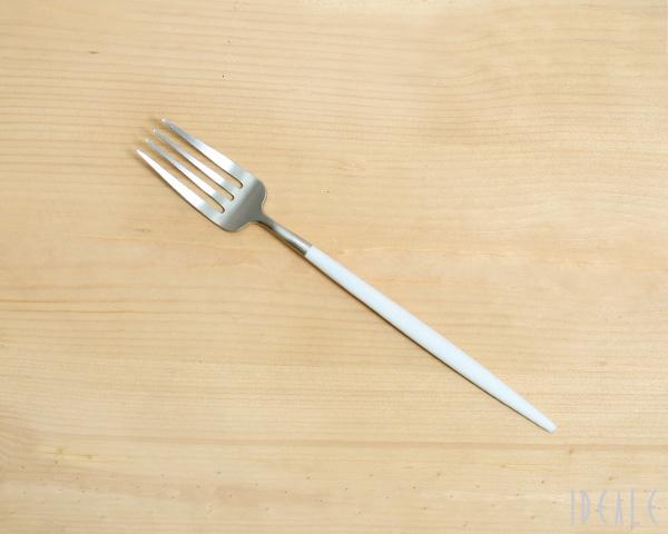 クチポール ゴア Cutipol 正規認証品!新規格 GOA カトラリー 食器 ホワイト ネコポス対応可 ブラッシュド 正規販売代理店 ネコポスなら送料無料 マット 高い素材 デザートフォーク 18点まで