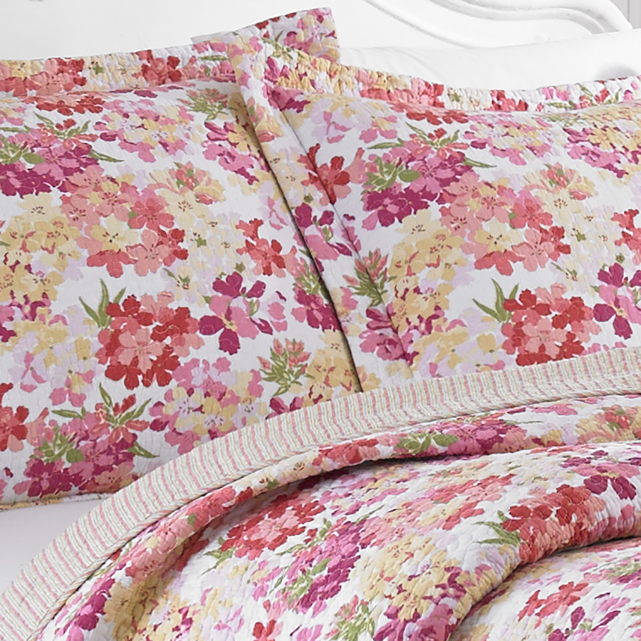 Laura Ashley 3 3