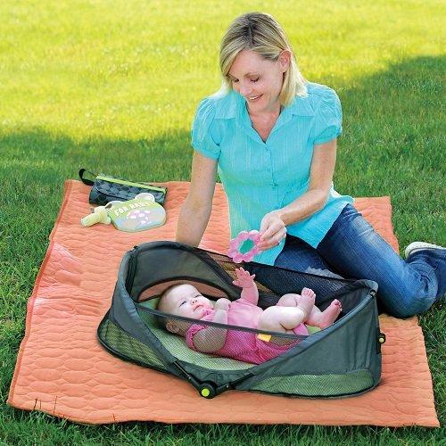 人気!ブリカ 携帯バシネット ベビーキャリー クーハン お出かけ 旅行用 赤ちゃん 携帯用ベット おりたたみ可能 出産祝い BRICA Fold 'n Go Travel Bassinet