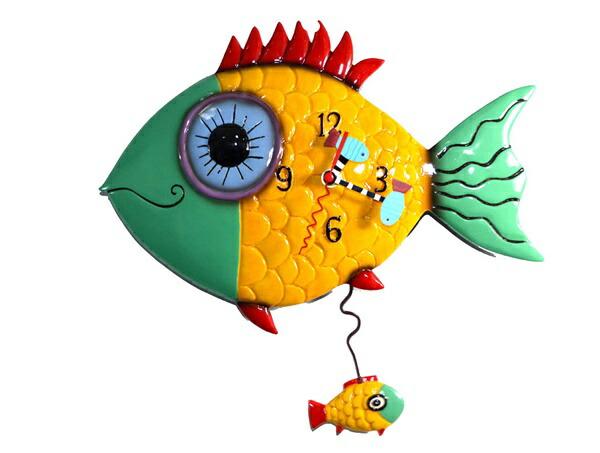 【5%OFFクーポン発行中!】デザインがとてもかわいいお魚の掛け時計 デザイン壁掛け時計 大きな目をした魚の時計 Wide Eyed Fishy Allen Designs Studio