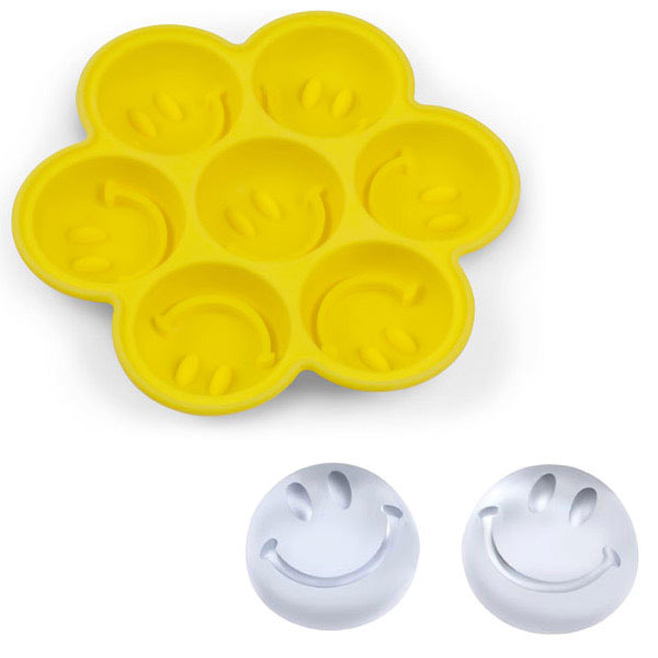 Fred Have An Ice Day Smiley Face Trays And Cube Tray