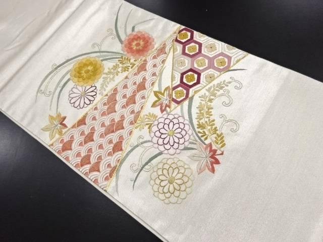 【IDN】 菊楓に花古典柄刺繍袋帯【リサイクル】【中古】【着】