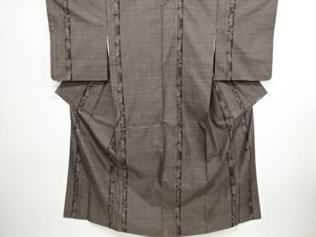 【IDN】 縞に松御所車模様織り出し本場泥大島紬着物(9マルキ)【リサイクル】【中古】【着】