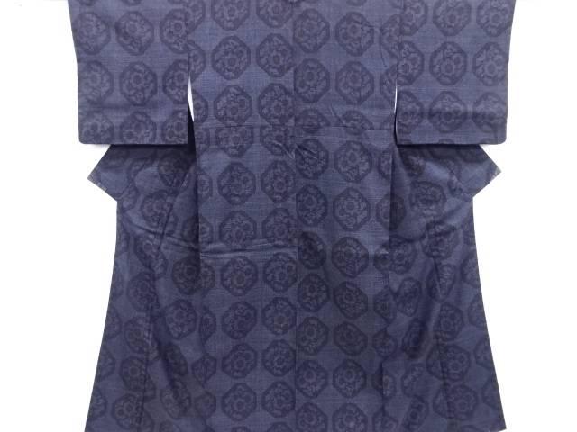 【IDN】 重要無形文化財本場結城紬80亀甲亀甲に花模様織り出し着物【リサイクル】【中古】【着】