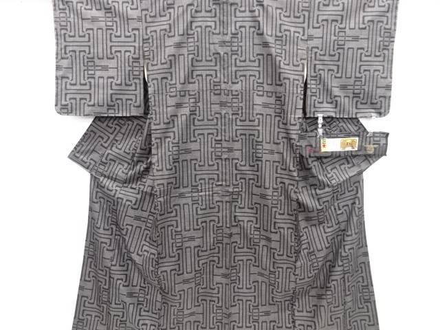 【IDN】 幾何学模様織り出し本場泥大島紬着物(5マルキ)【リサイクル】【中古】【着】