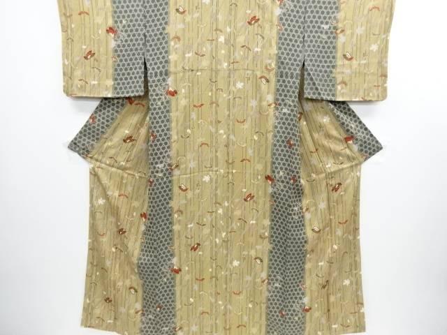 【IDN】 菊に蝶・籠目模様小紋着物【リサイクル】【中古】【着】