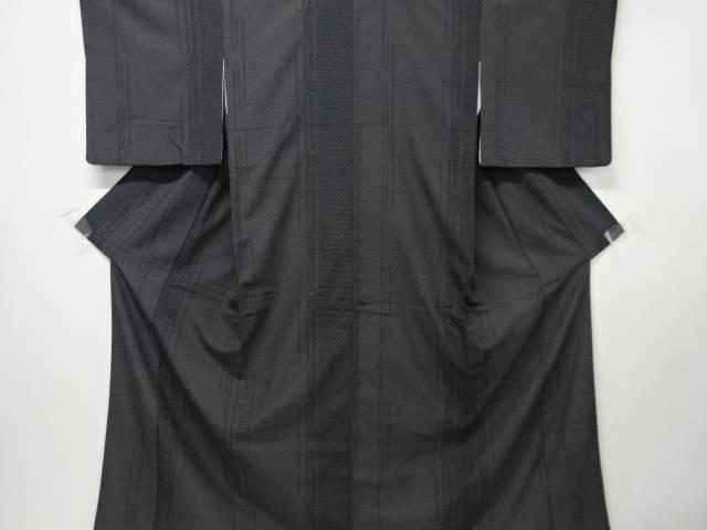 【IDN】 縞に抽象霞模様織り出し本塩沢100亀甲着物【リサイクル】【中古】【着】