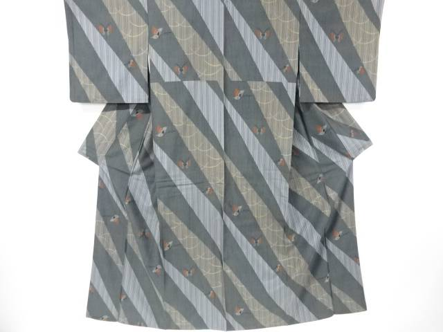 【IDN】 蝶模様織出手織り縦節紬着物【リサイクル】【中古】【着】
