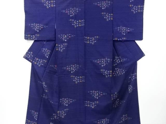 【IDnet】 未使用品 仕立て上がり 絣柄織り出し手織り真綿紬着物【着】