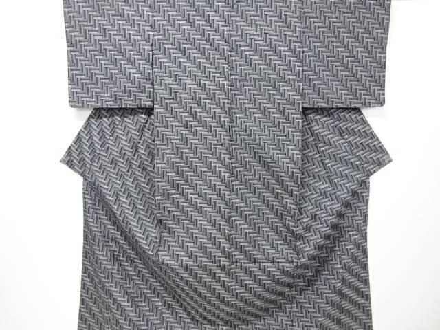 【IDnet】 未使用品 仕立て上がり 幾何学模様織り出し手織り真綿紬着物【着】