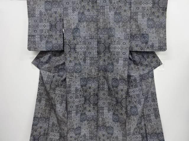 【IDnet】 華紋更紗模様織り出し本場泥大島紬着物(5マルキ)【リサイクル】【中古】【着】
