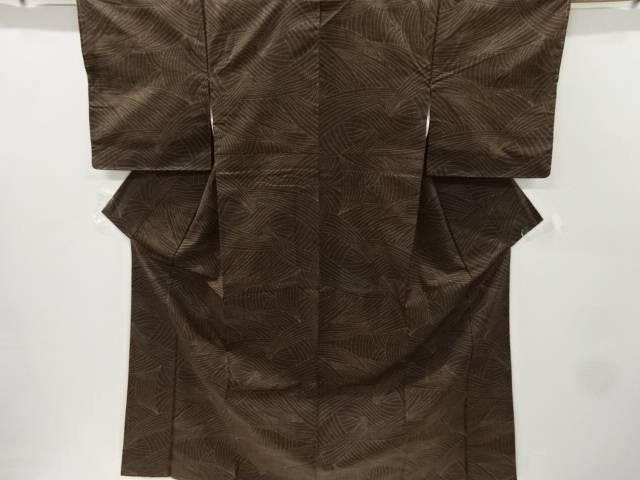 【IDnet】 未使用品 仕立て上がり 線描き模様織り出し本場泥大島紬着物(5マルキ)【着】