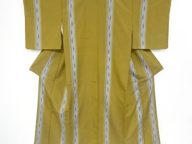 【IDnet】 未使用品 仕立て上がり 矢羽根絣柄織り出し経節紬着物【着】