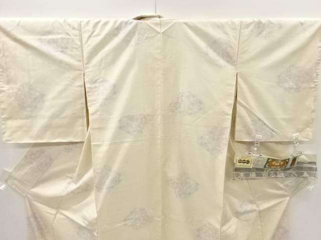 IDnet石畳に華紋模様織り出し本場白大島紬着物 7マルキリサイクル着pqUzSMV