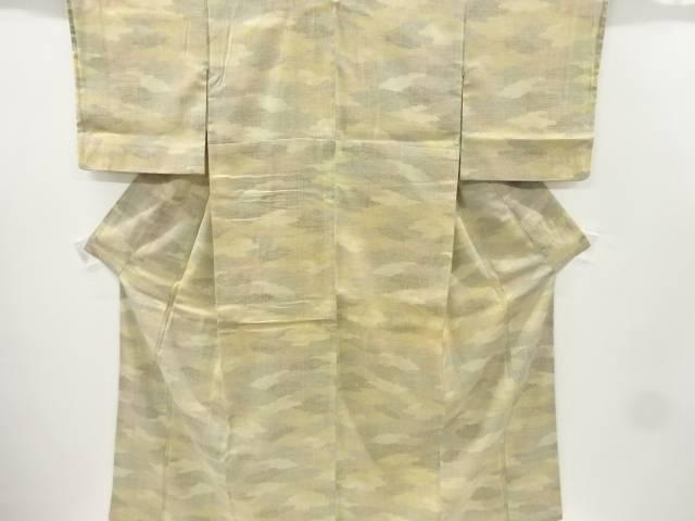 【IDnet】 重要無形文化財 本場結城紬100亀甲霞模様織り出し着物【リサイクル】【中古】【着】