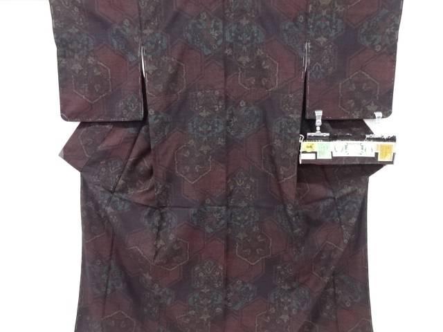 【IDnet】 未使用品 仕立て上がり 奥順製 重要無形文化財 本場結城紬80亀甲華紋模様織り出し着物【着】
