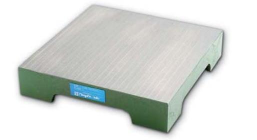 新潟精機 SK 測定工具 S4560 151014 鋳鉄製定盤 機械仕上