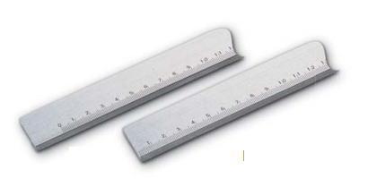 新潟精機 SK 測定工具 STG-A500 005013 目盛付鋼製標準ストレートエッジ