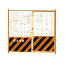 扉付きガードフェンス H1.8×W1.8m