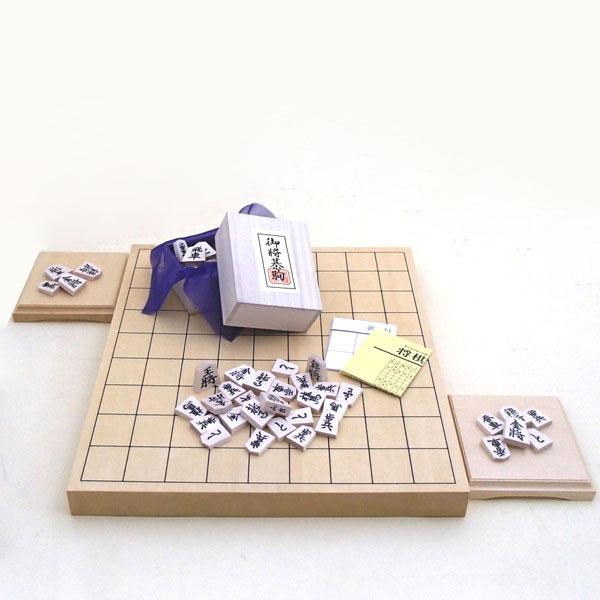 木製将棋セット ヒバ1寸卓上接合将棋盤竹と木製白椿上彫将棋駒と駒台
