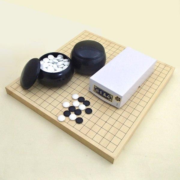 囲碁セット ヒバ10号卓上接合碁盤竹と新生梅碁石とP碁笥黒大(セール)