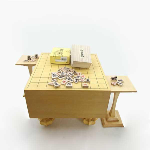 環境に配慮した足付き将棋盤の3点セット   将棋セット 常識を破ったエコ足付将棋盤5寸と木製特選将棋駒に駒台付き