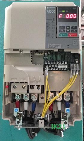 安川電機 〓 インバータ 高性能ベクトル制御A1000(三相電源AC200V用)軽負荷15KW/重負荷11KW 〓 CIMR-AA2A0056FA