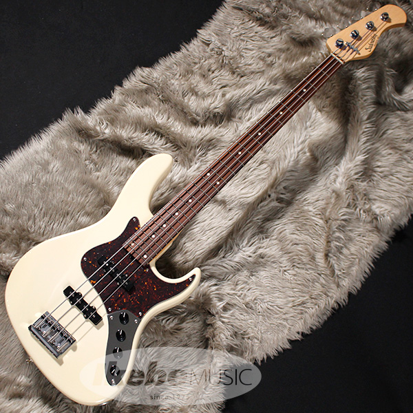 Sadowsky Guitars Metro Series RV4-24 (Olympic White) 【即納可能】 【rpt5】 【期間限定Porta Bagグレードアップキャンペーン】