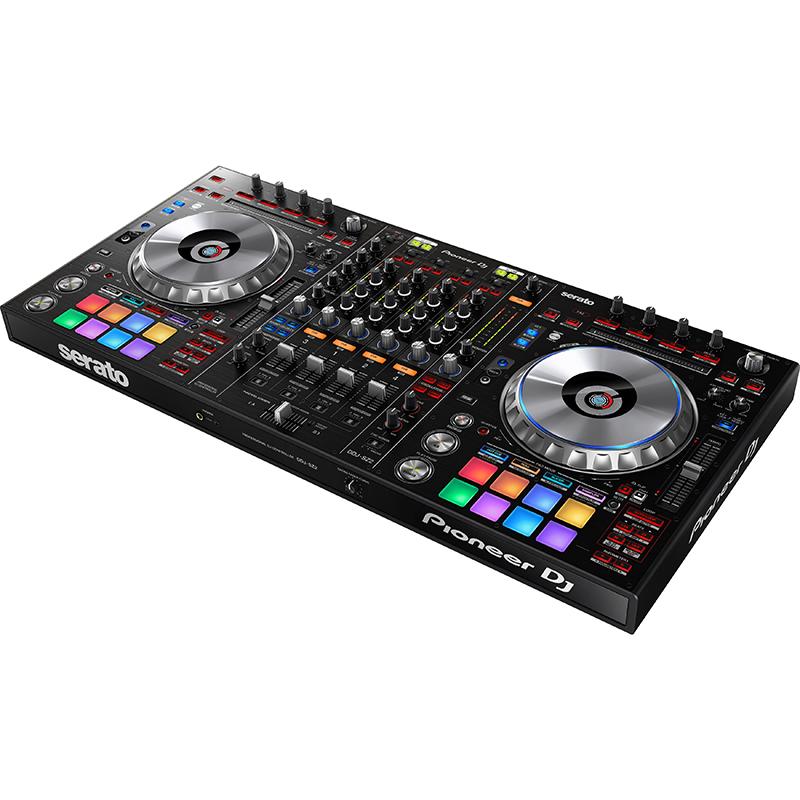 ●Pioneer DJ DDJ-SZ2 [Serato DJ用コントローラー]