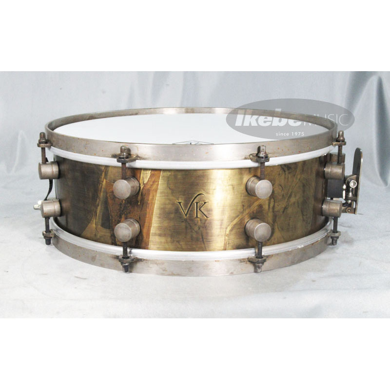 """VK DRUMS Aged Finish 2mm Brass 14""""×5"""" Snare [Made in England]"""
