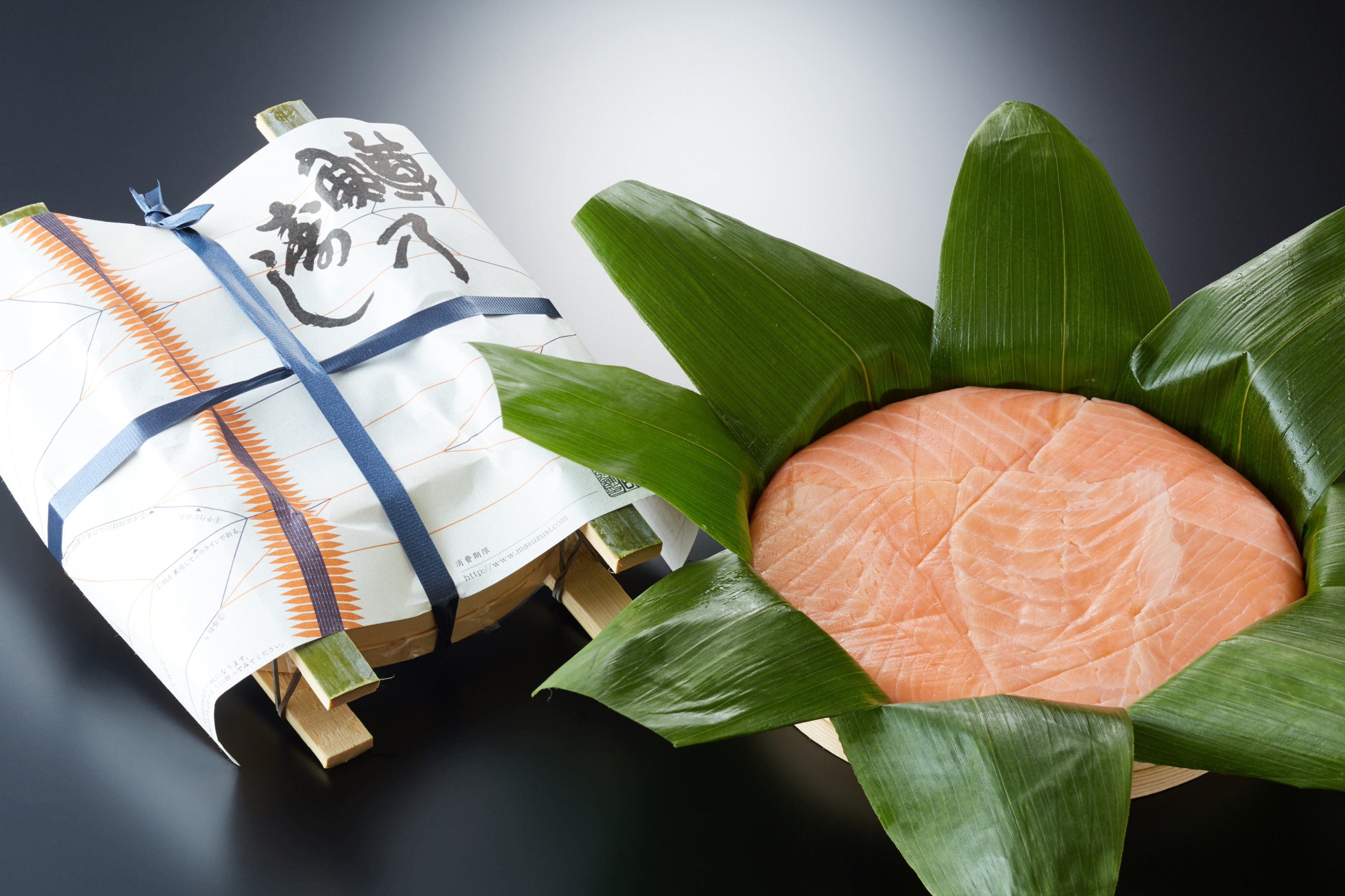 保障 青山総本舗 ますの寿司 ますの寿し2段 送料無料 鱒寿司 鱒の寿司 ますずし ますのすし 押し寿司 富山名産 マラソン2000円 新作からSALEアイテム等お得な商品満載 取り寄せ